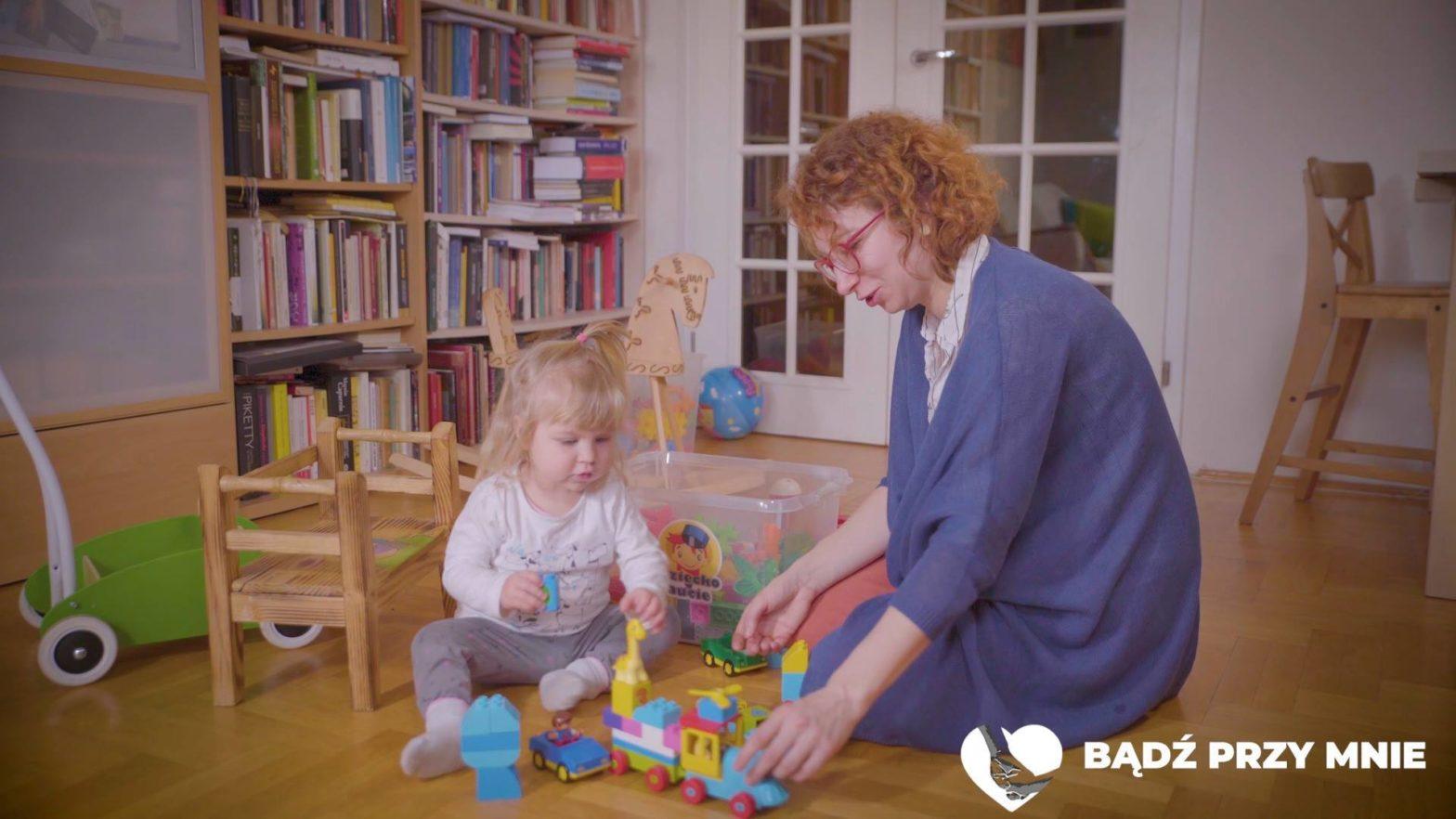 Obejrzyj Bądź przy mnie: stop opłatom za pobyt rodziców z dziećmi w szpitalu