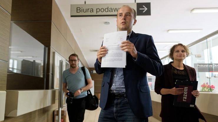 Partia Razem donosi do prokuratury na abp. Gądeckiego. Jest odpowiedź episkopatu - Polsat News