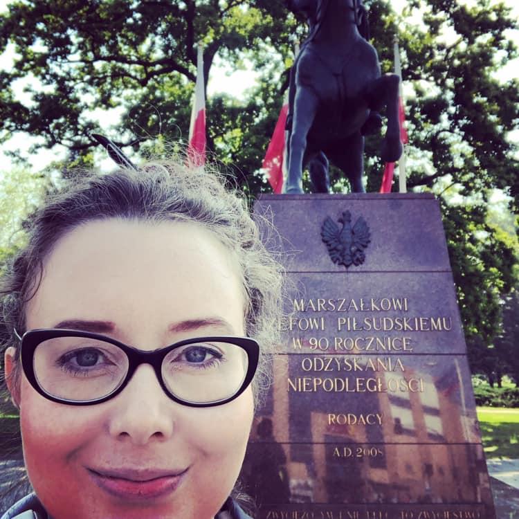 Zaczynamy maraton debatowy: 3 dni, 3 miasta, 4 debaty. Dziś o 11.00 w @tvp3gorzow. Za mną pomnik Józefa Piłsudskiego, je
