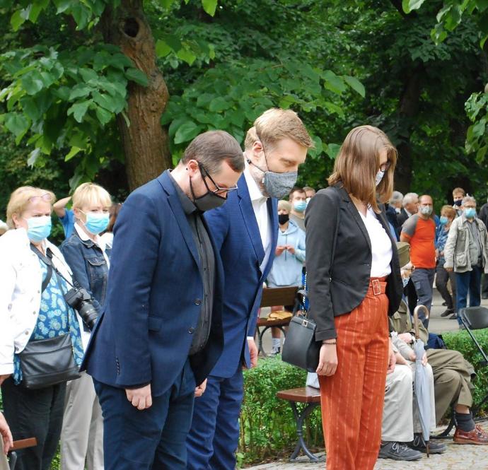 Dziś, jak co roku, uroczystości rocznicy Powstania na Mokotowie. W imieniu Razem w Warszawie złożyliśmy wieniec pod pomn