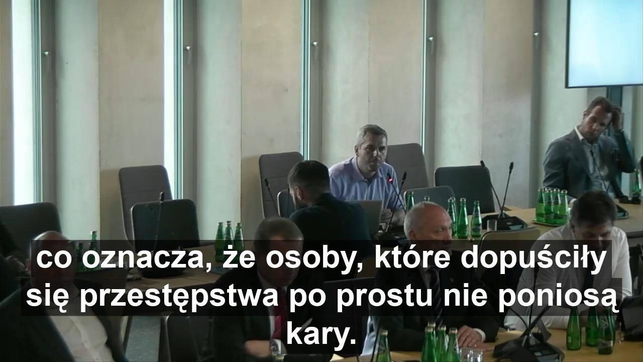 Obejrzyj Maciej Konieczny o amerykańskich żołnierzach w Polsce