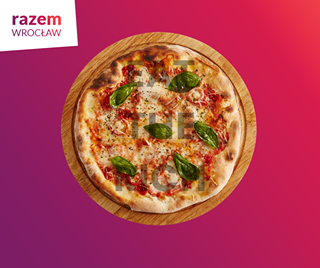 May be an image of pizza and text that says 'razem WROCŁAW MOK'