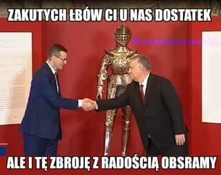 May be a meme of 1 person, standing and text that says 'ZAKUTYCH ŁBÓW CI U NAS DOSTATEK fb.com/czerwonobiali ALE I TĘ ZBROJĘ Z RADOŚCIĄ OBSRAMY'