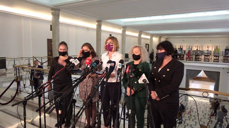 Jesteśmy przeciwko torturowaniu kobiet. Walczymy o procedowanie ustawy dekrymina
