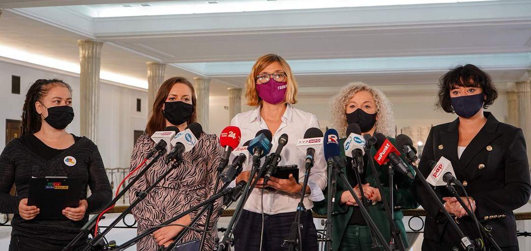 Wyrok Trybunału Julii Przyłębskiej zakazujący aborcji z powodu ciężkich i nieodw